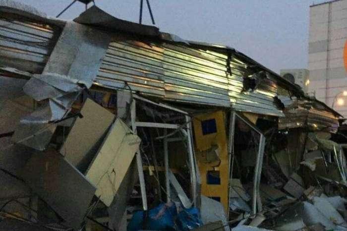 В Киеве неизвестные снесли рынок на Оболони