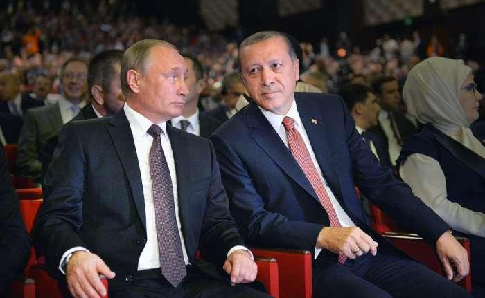 Трое турецких военных погибли при авиаударе ВКС России, — генштаб Турции