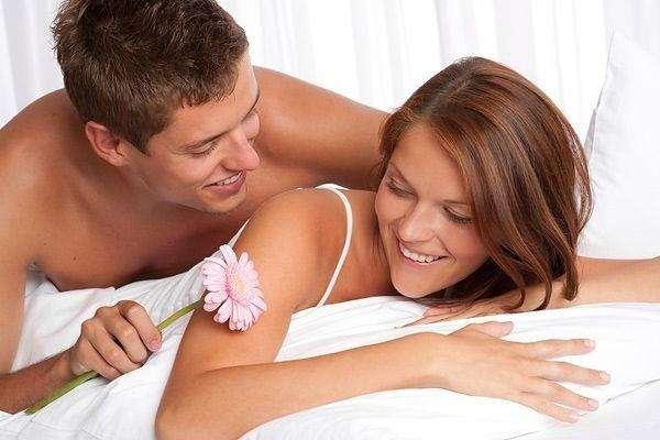 Ученые назвали 5 обстоятельств для ежедневного секса