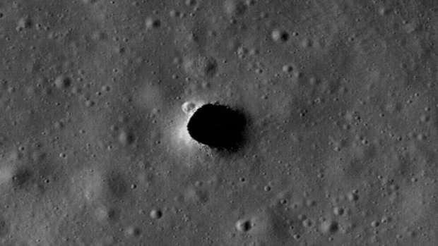 Астрономы: на Луне обнаружили гигантские подземные тоннели