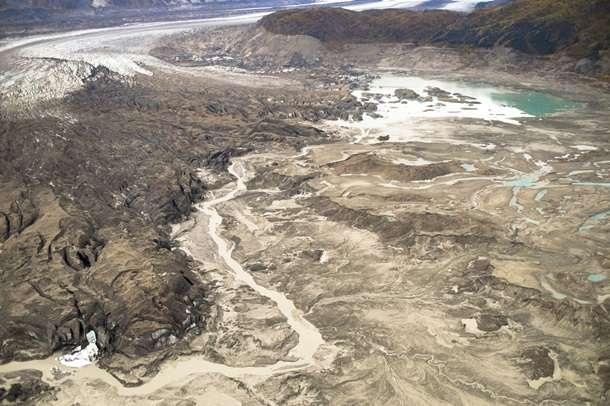 На снимках ученые запечатлели исчезновение реки